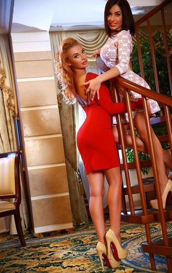 Проститутки подружки киева, сексуальная потная обнаженная девушка фото